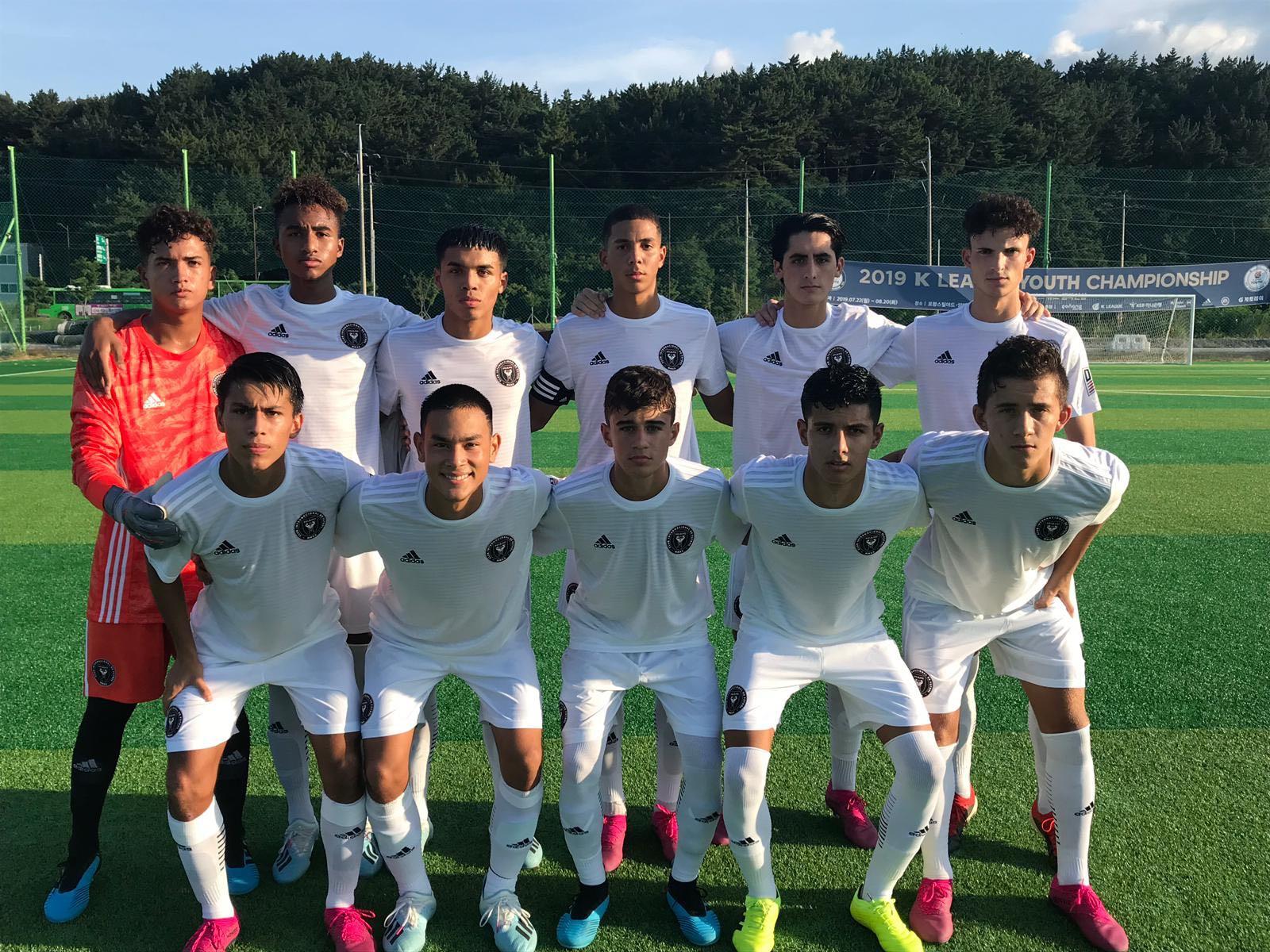 Academia gana primer partido official en Corea del Sur
